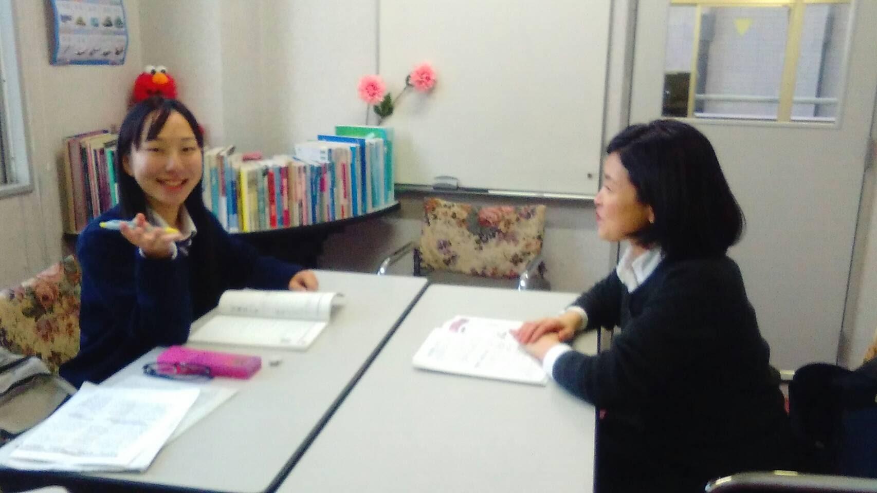 韓国語担当 宋先生